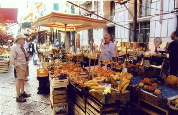 fresh fruit in Mercato di Capo in Palermo, Sicily