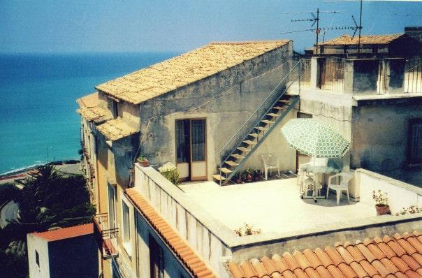 Sunny Cetraro Balcony